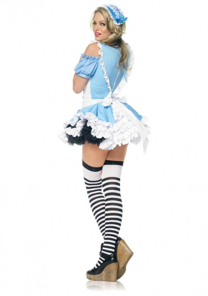 sexy-alice-in-wonderland-costumes-heather-graham-herpes
